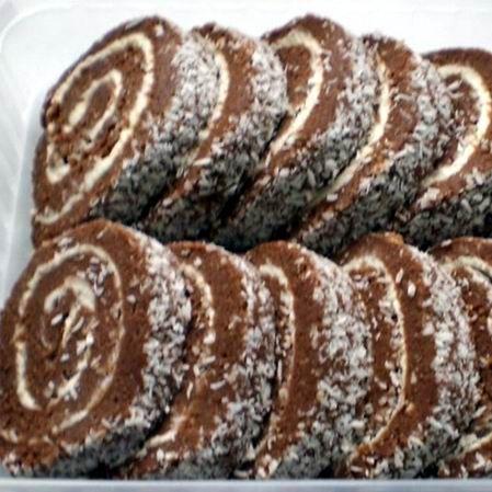 Egy finom Egyszerű keksztekercs ebédre vagy vacsorára? Egyszerű keksztekercs Receptek a Mindmegette.hu Recept gyűjteményében!