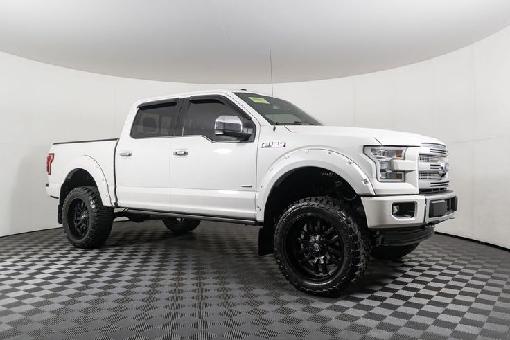 Used Lifted 2015 Ford F150 Platinum 4x4 with 42,154 miles