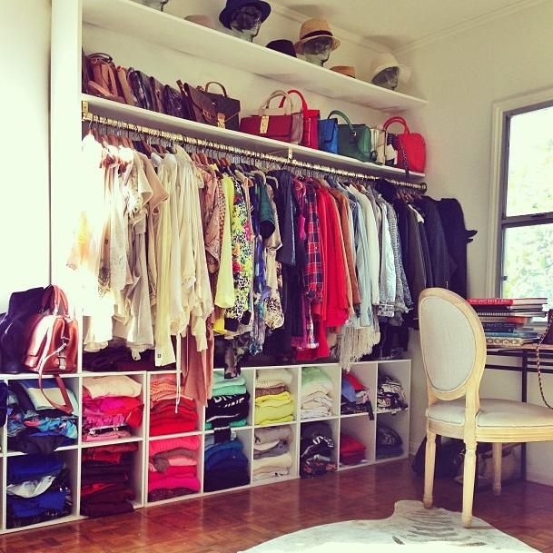 This gives me the idea of a combo closet/home office... And I love it