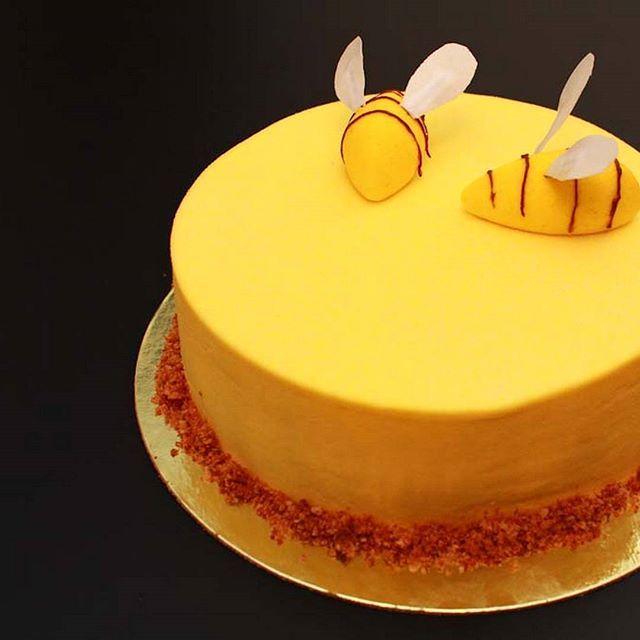 """Торт """"медовик"""" для одной трудолюбивой """"пчелки"""""""