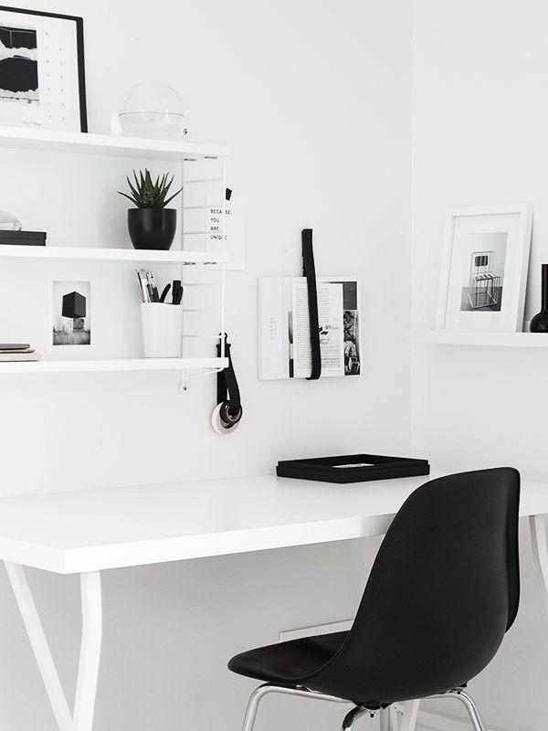 14x witte werkplekken
