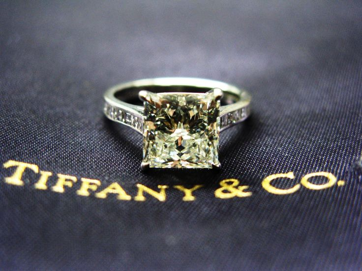 Tiffany Engagement Ring D Lovvve It But Round Stone