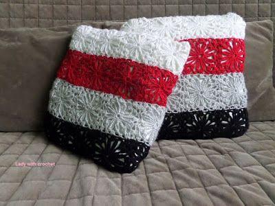 Lady with crochet: Patchworkowe poduszki
