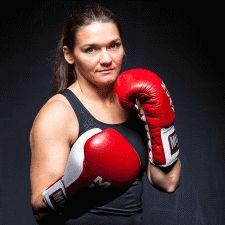Jessica Belder nam afscheid met Europese titel - http://boksen.nl/jessica-belder-nam-afscheid-met-een-europese-titel/