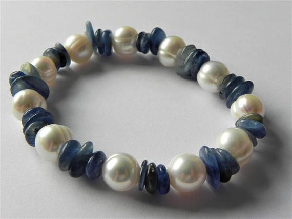 Kyanite and freshwater cultured pearl gemstone stretch