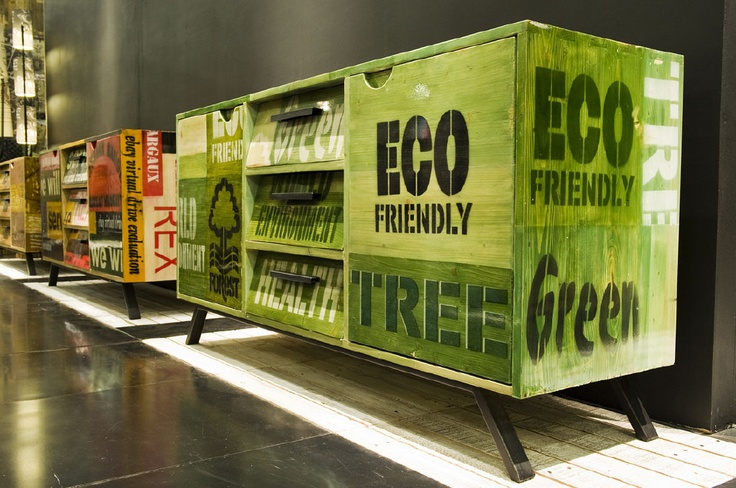 Mobile in pallets riciclati by Exoticando design on Blomming