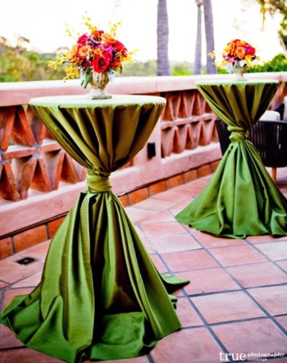 High Top Table Linens Part - 24: Amazing Spring Look With Clover Round Tablecloths