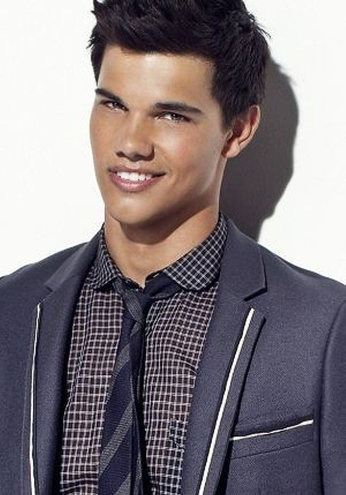 Taylor Lautner Beautiful Men In 2019 Taylor Lautner Twilight