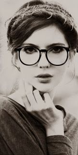Round Eye Glasses - Provocative Manners