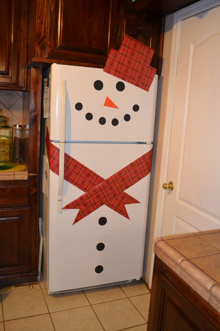 Snowman Refrigerator. Easy Christmas Decor!