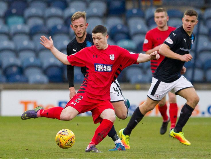 Queen's Park's Conor McVey in action during the SPFL League One game between Raith Rovers and Queen's Park.