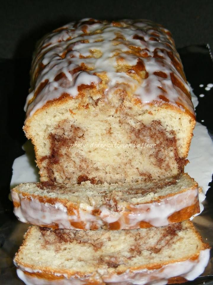 Easy Cinnamon Roll Bread   No yeast in this recipe, so prep time is quick. You…