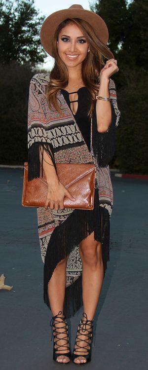 Boho Fringe Kimono. Boho Hat. Strappy Sandals. Boho Chic Outfit. Bohemian Style. Hippie Style. Festival Fashion.