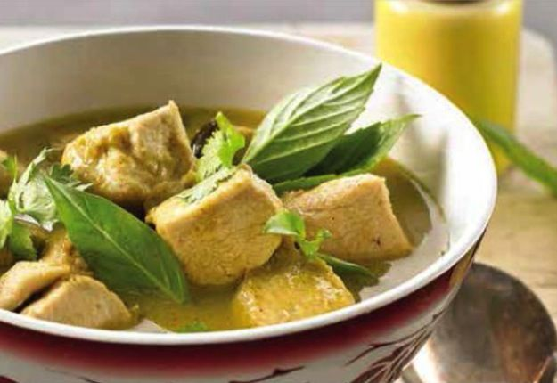 Green Chicken Curry - Real Recipes from Mums