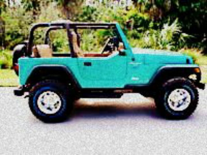 Teal Jeep Wrangled, I'm in love ♥