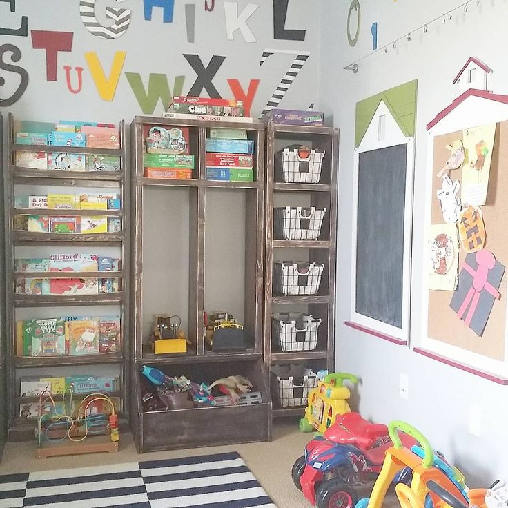 Worked on a little revamp in the boy's playroom. It's one of my favorite rooms. I luv it even more now! 💙 #anawhite #diylockers #diybookshelves #playroom #playroomdecor #knockoffwood