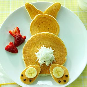Adorable for Easter! Bunny Pancakes from Taste of Home's Simple & Delicious magazine.