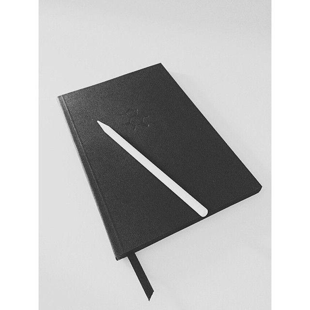 /Rubidium/ Caffeine full black notebook