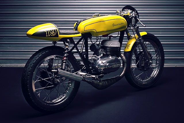 The Bultaco Campera Agricultura was about as far as a bike can get from bedroom wall poster material. As you might garner from the name, it was a bike more at home in the fields chasing cows than it was on the racetrack chasing pole position. But that didn't let France's Freeride Moto stop them. Taking their inspiration from the altogether more sexy Bultaco TSS, they rolled up their...