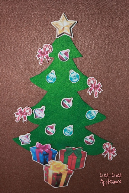 felt Christmas tree match-up game with free printables
