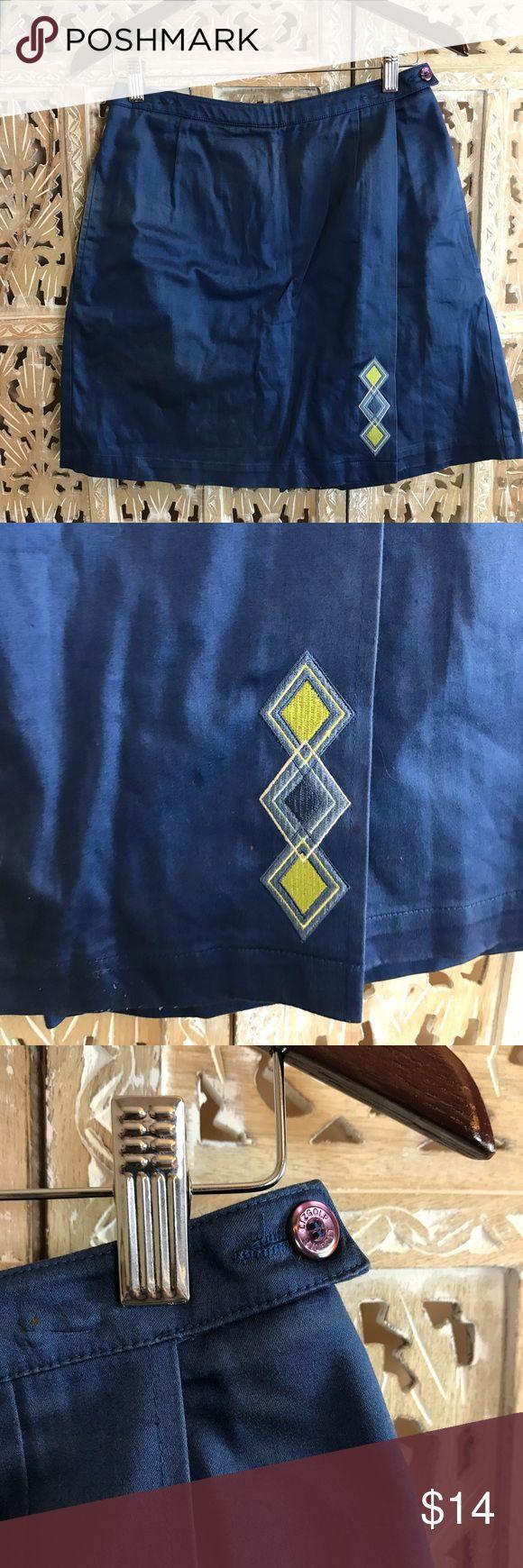 "[Liz Claiborne] skirt golf apparel 🏌️ size 4 [Liz Claiborne] skirt golf apparel 🏌️ size 4. The Liz gold label. Beautiful blue color. Waist width about 14"". Skort length 19"". Excellent quality 98% Cotton 2% Lycra. Liz Claiborne Shorts Skorts"