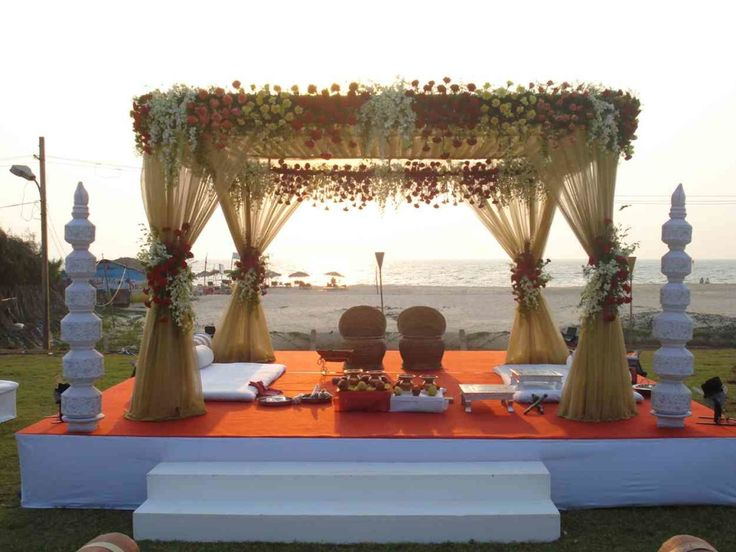 [4] Wedding Reception Stage Decoration
