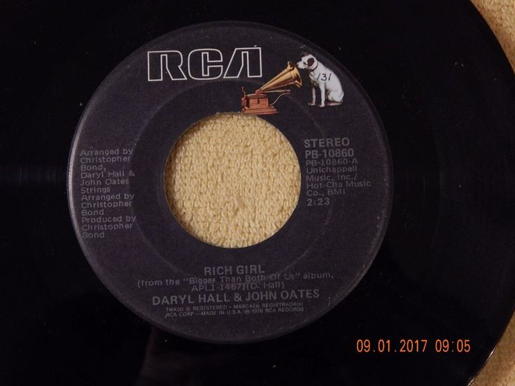 Daryl Hall & John Oates: Rich Girl / London Luck & Love 45 Rpm / Rca 10860 #RocknRoll