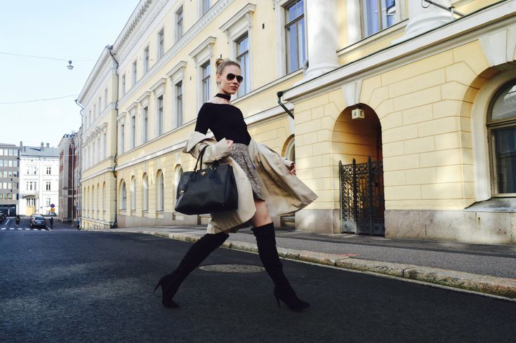 Over the knee boots: Bianco boots, Ril's coat, BikBok top & skirt, Prada bag, Ray-Ban shades