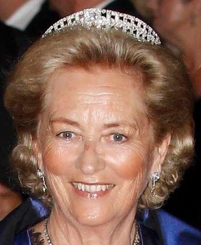 Tiara Mania: Regina Elisabetta del Belgio diamante a fascia Tiara