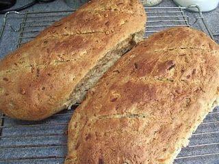 Franskbrød med rugmel, græskarkerner og gulerod…….