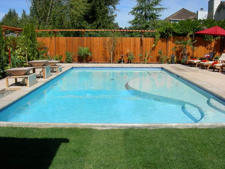 Rectangular pool with baja shelf pool yard ideas for Pool design rectangular