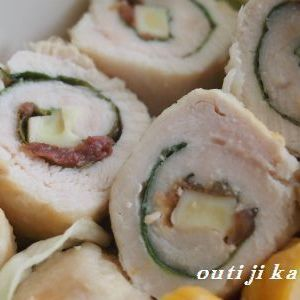 鶏ささみの梅しそチーズ巻き by いーちゃんさん | レシピブログ - 料理ブログのレシピ満載! 名前の通り、鶏ささみで巻いただけの簡単お料理です