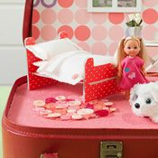 Create a compact, portable dolls house in a bag! Get the kids involved with this fun craft project, See my craft ideas for a dolls bedroom & a flower shop, or make any scene you like!