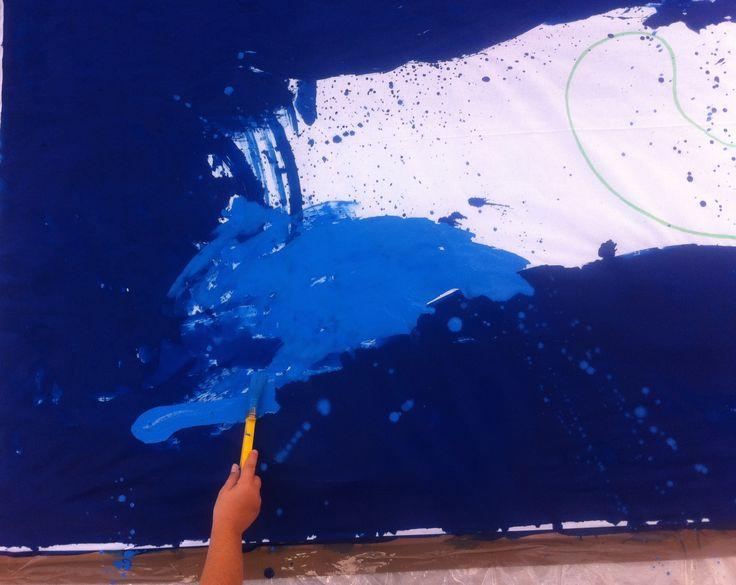 MOVIMENTO LIQUIDO | viaggio nelle acque di un mare di pace > Un'attività en plein air volta a realizzare un'opera collettiva di arredo urbano a cura dei bambini e dei giovani della città, pensata per la manifestazione Blue Sea Land (www.bluesealand.it/).