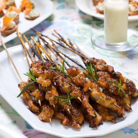 Honungsglaserade kycklingspett med rosmarin och ingefära - Mitt kök