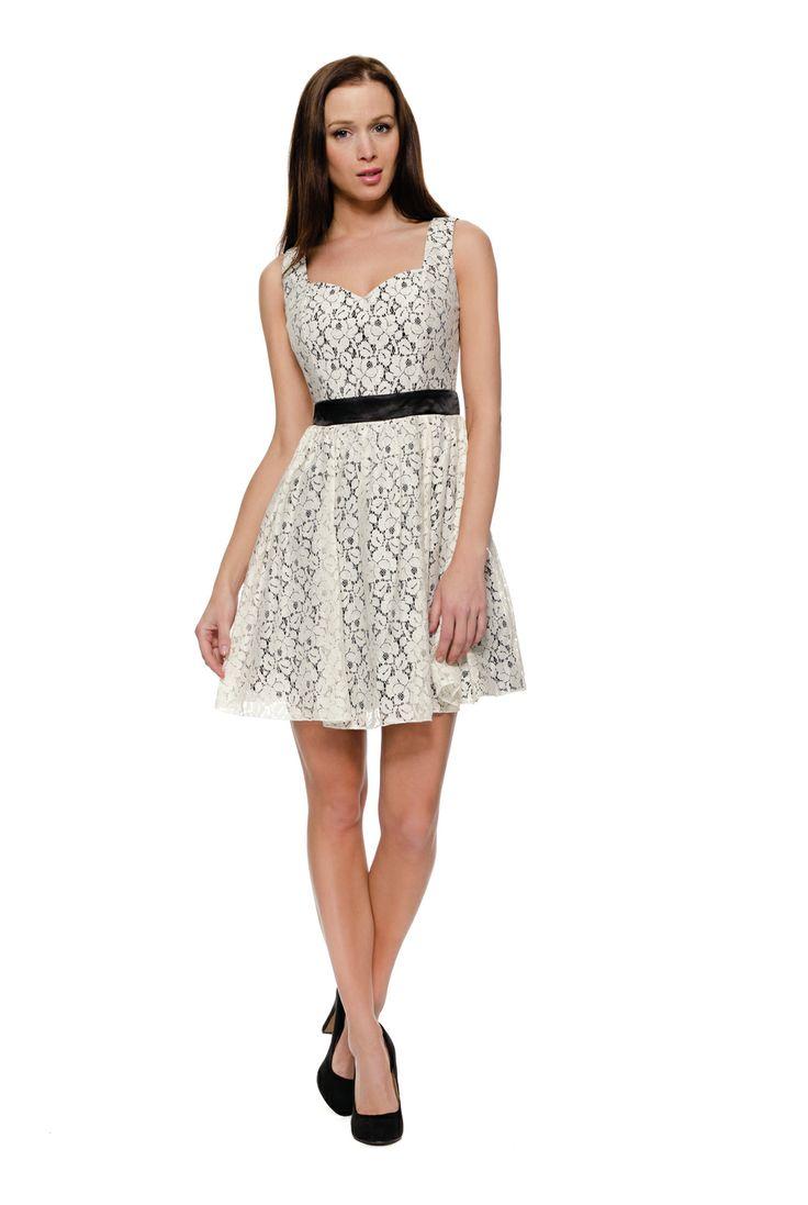 Little Mistress dress. Beautifull Christmas dress. Gotta hev this. 50% sale right now!