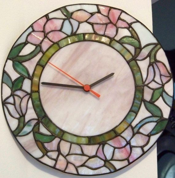 Vintage Wall Clock Tiffany Stained Glass Style Tiffany