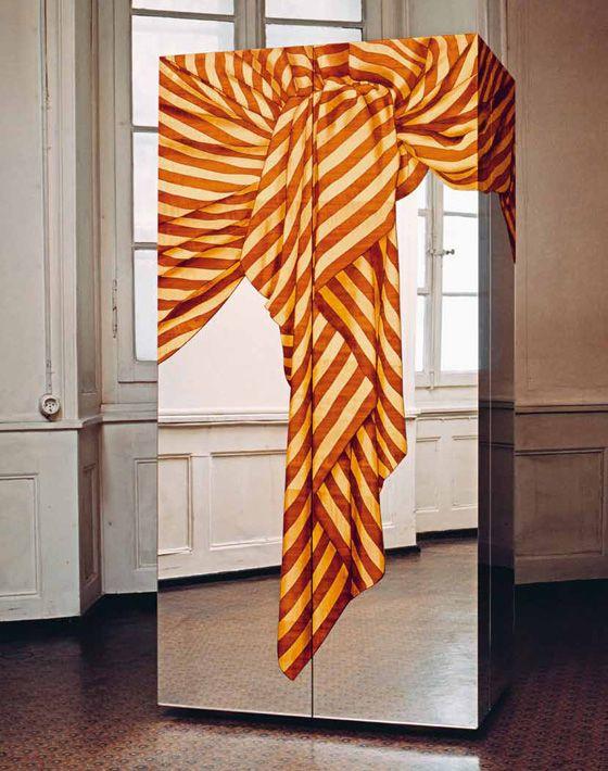 """""""Seven Codes"""" cupboard par Trix and Robert Haussmann pour Röthlisberger"""