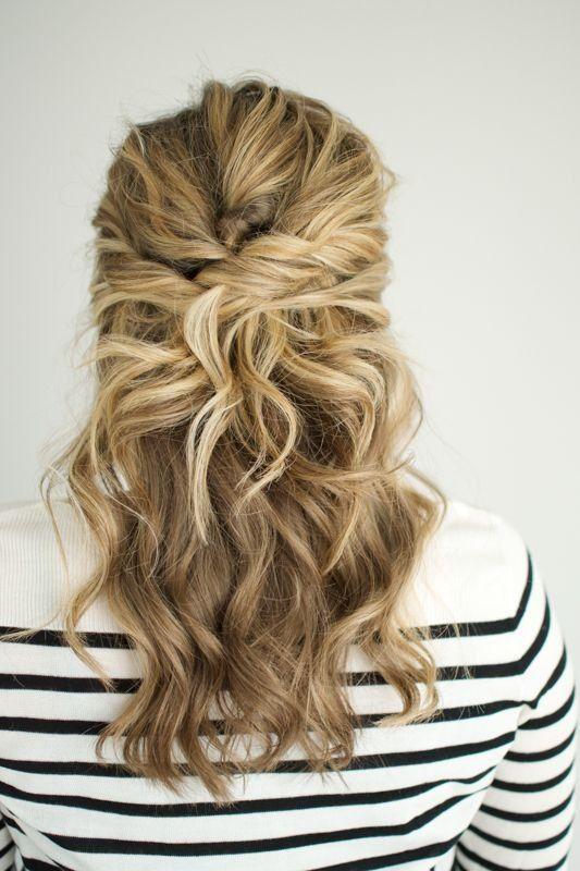 Cheveux: 25 demi-queues repérées sur Pinterest © Pinterest Thesmallthingsblog