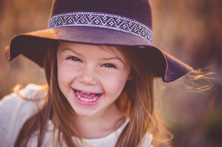 Child photography. Fall. Outdoor photography