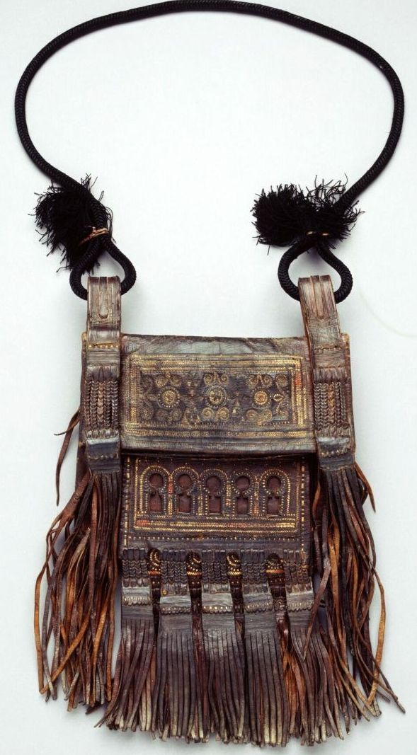 Morrocan shoulder bag Royal Museum for Central Africa http://www.africamuseum.be/collections/browsecollections/humansciences/display_object?objectid=30146
