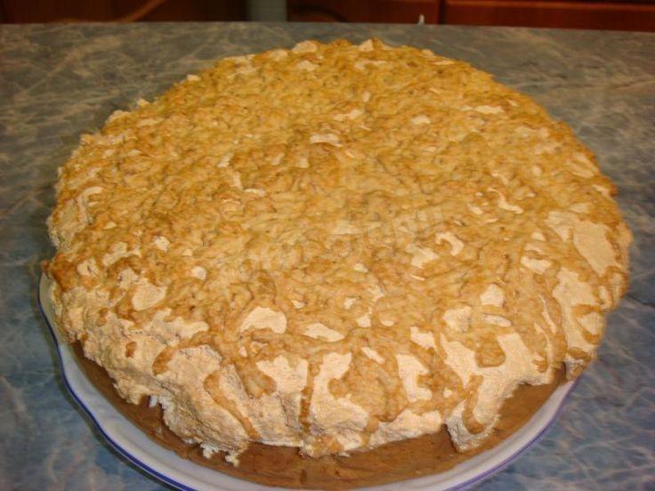 Яблочный торт с безе