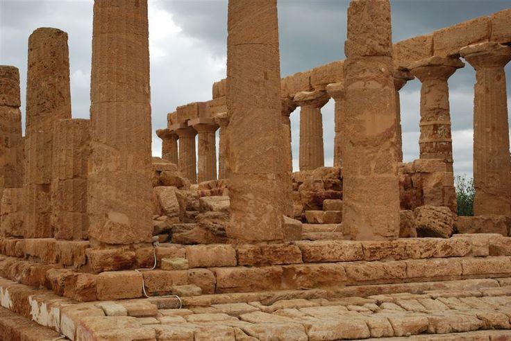 Templo de Juno / Valle de los Templos, Agrigento, Sicilia, Italia  // ** fotografia / carmen martinez mayo / 2009 **