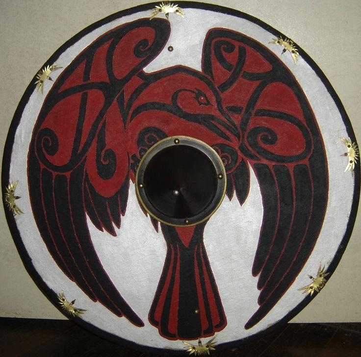 http://fc08.deviantart.net/fs70/f/2013/135/1/3/viking_shield_by_edwulff-d65c19n.jpg