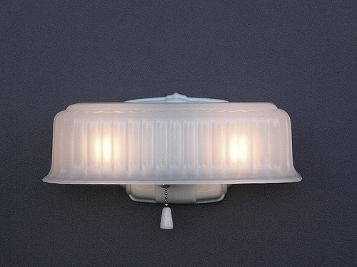 1000 Images About Vintage Bathroom Light Fixtures On Pinterest