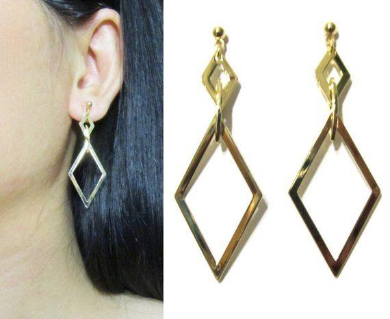 Shiny Gold Dangle Clip On Earrings 28v Geometric Ons