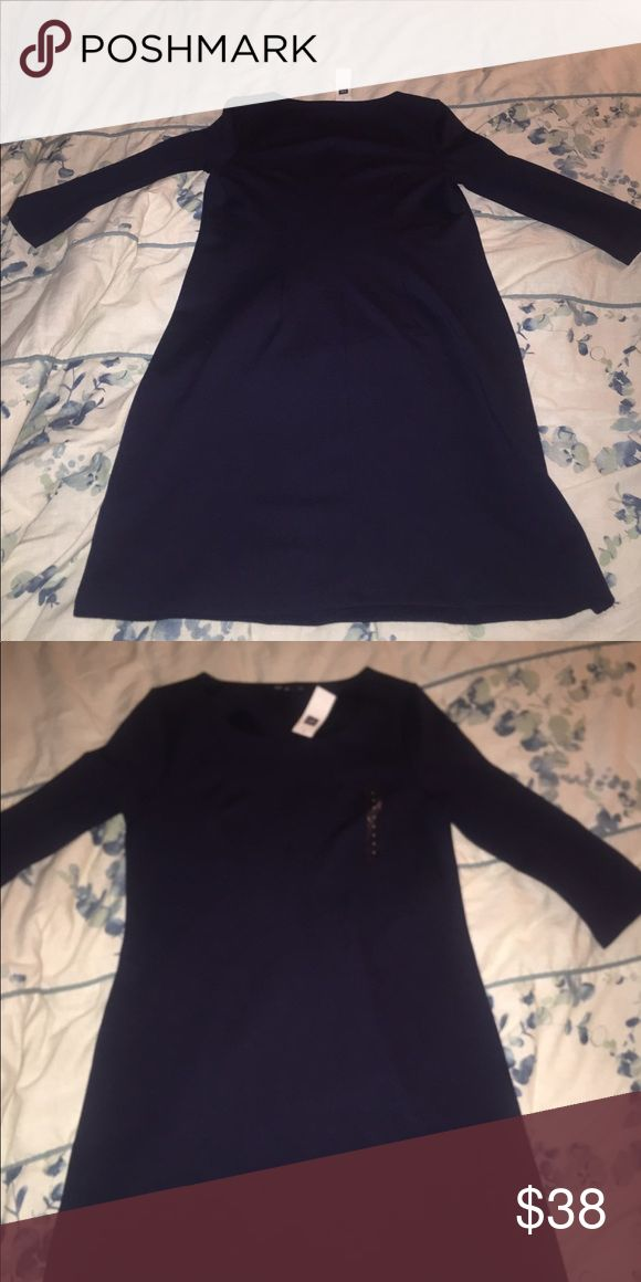 Woman's 3/4 sleeve gap dress Brand New with original tags Dark blue woman's small  gap dress sleeves are 3/4 GAP Dresses