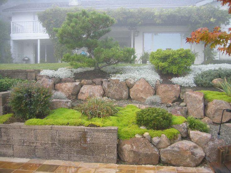 Taludes, desniveles y escaleras en el jardín.-back_slope2_1.jpg
