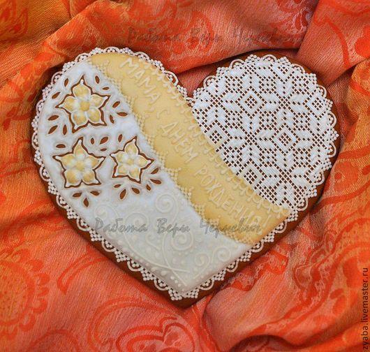 Кулинарные сувениры ручной работы. Ярмарка Мастеров - ручная работа. Купить Пряник - большое кружевное сердце. Handmade. Розовый