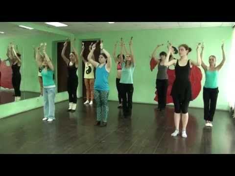 Танцуют малыши. Методика игрового танца для детей от 2 до 3 лет - YouTube
